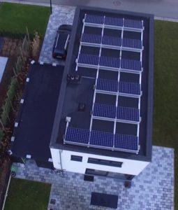 16 zonnepanelen plat dak